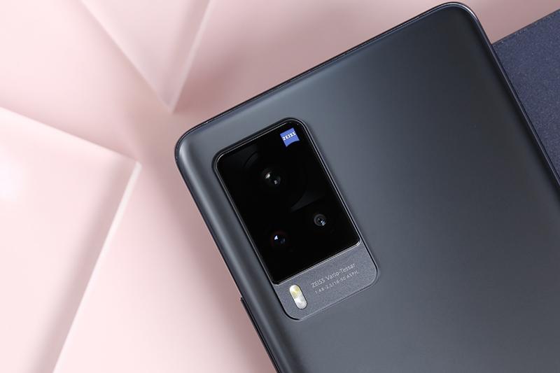 Vivo X60 Pro   Bộ 3 camera sau