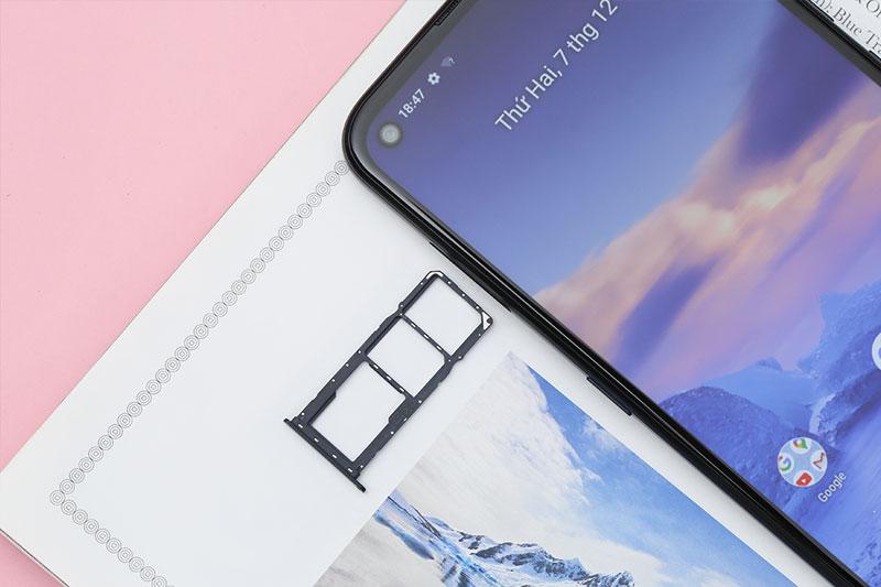 Điện thoại Nokia 5.4 | Hỗ trợ mở rộng dung lượng qua thẻ nhớ ngoài