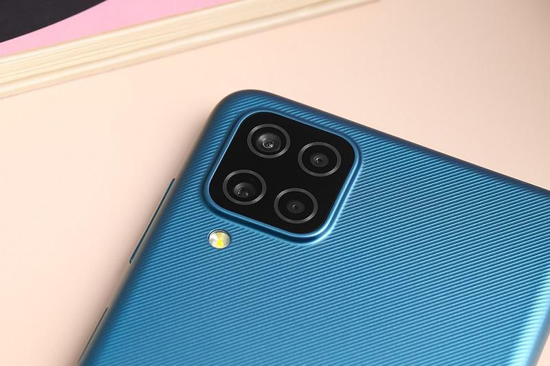 Samsung Galaxy A12 | Camera góc siêu rộng 5 MP, với góc chụp lên đến 123 độ