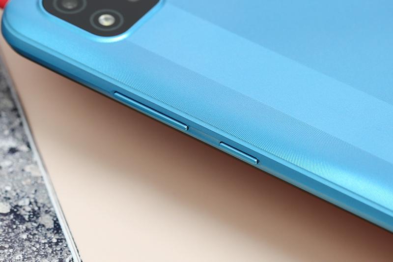Realme C20 | Thiết kế cạnh bên