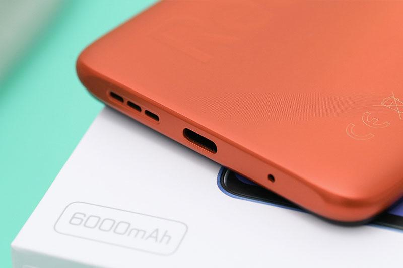 Xiaomi Redmi 9T | Dung lượng pin 6000 mAh và hỗ trợ sạc nhanh 18 W