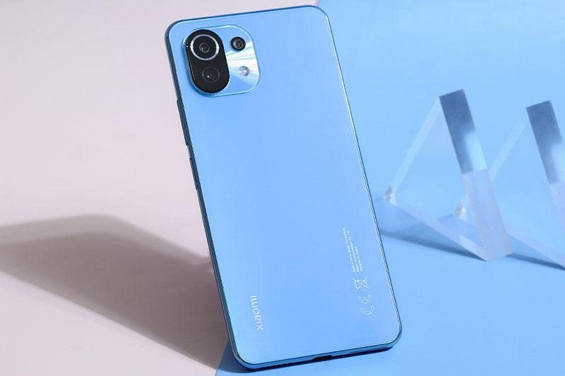 Xiaomi Mi 11 Lite | Thiết kế mặt lưng