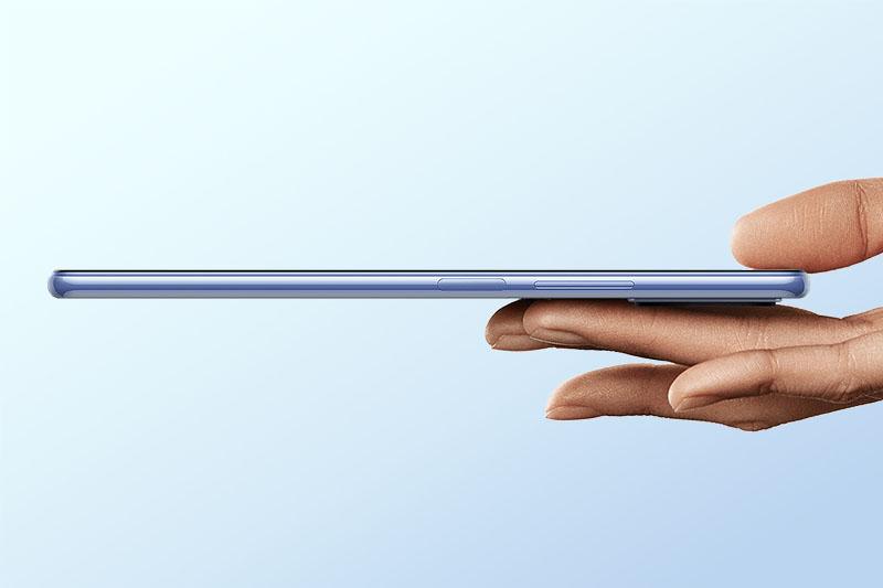 Xiaomi Mi 11 Lite | Thiết kế vô cùng mỏng chỉ 6.81 mm và nặng 157 g