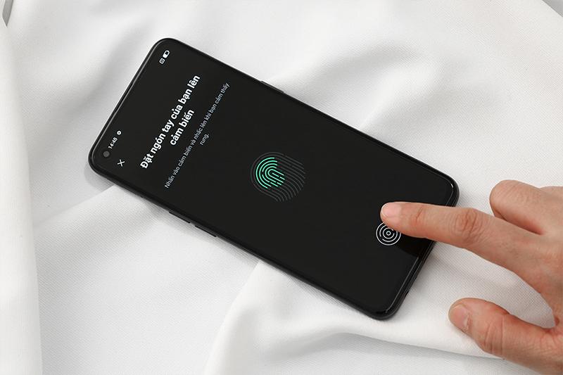 OPPO Reno5 5G | Hỗ trợ tính năng bảo mật vân tay và bảo mật khuôn mặt