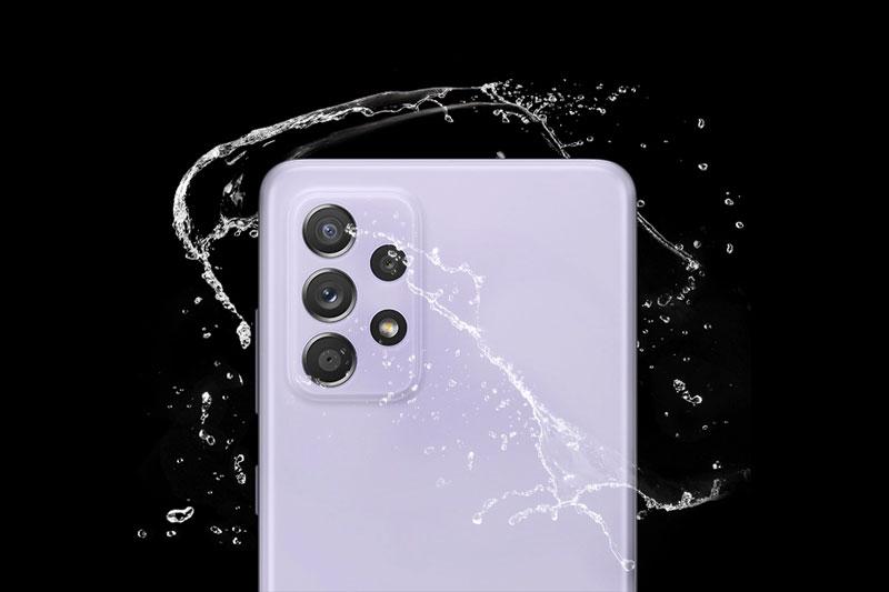 Điện thoại Samsung Galaxy A52 5G | Khả năng kháng nước chuẩn IP67
