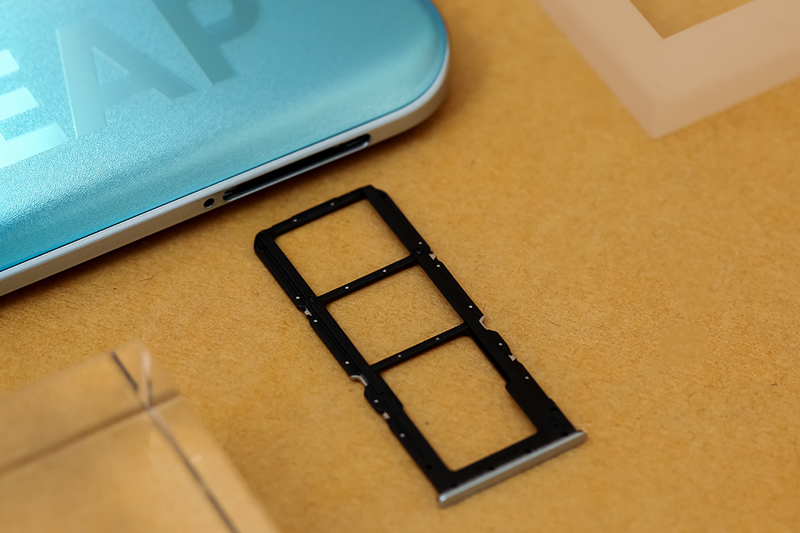 Điện thoại Realme 8 Pro | RAM 8 GB, ROM 128 GB