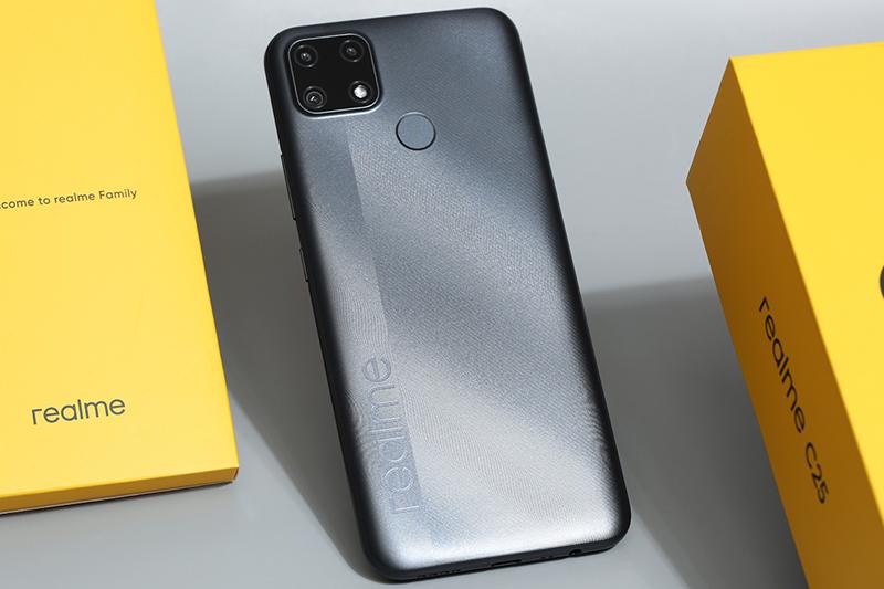 Điện thoại Realme C25 | Thiết kế mặt lưng