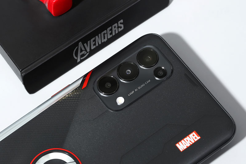 Điện thoại OPPO Reno5 Marvel | Cụm camera sau