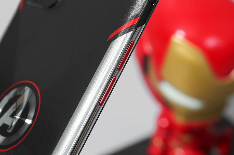 Điện thoại OPPO Reno5 Marvel | Thiết kế cạnh viền