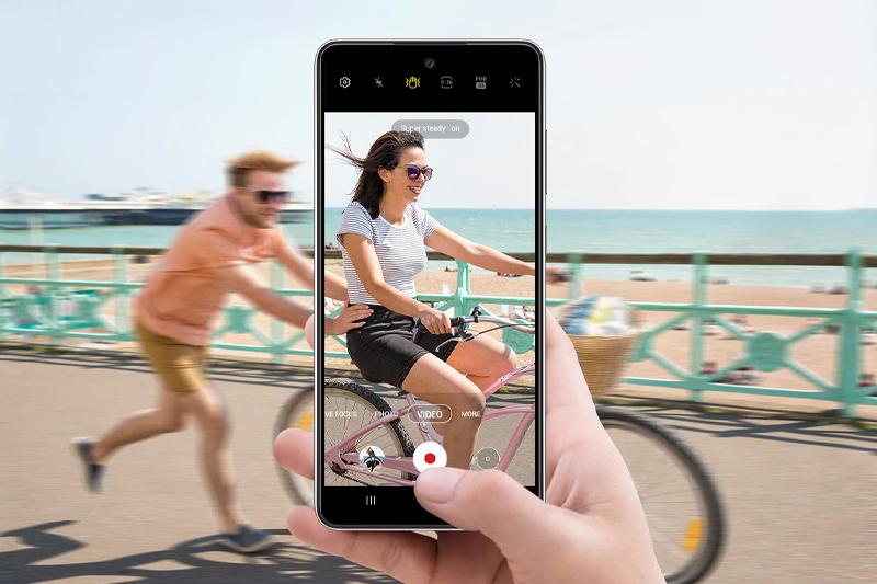 Samsung Galaxy A52   Quay phim ổn định, sắc nét