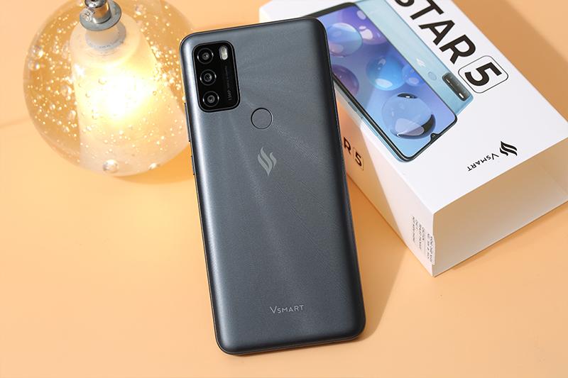 Vsmart Star 5 (3GB/64GB) | Viên pin đi kèm dung lượng lớn 5000 mAh