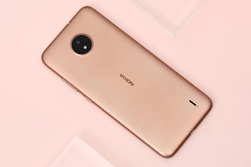 Nokia C20 | Chất liệu vỏ polycarbonat bền hoàn thiện cứng cáp