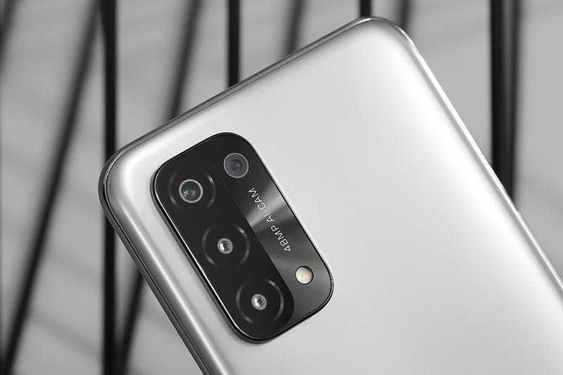 OPPO A74 5G   Cụm 4 camera sau sắc nét