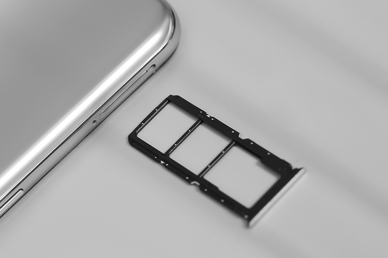 OPPO A74 5G   Trang bị RAM 6 GB và bộ nhớ trong 128 GB