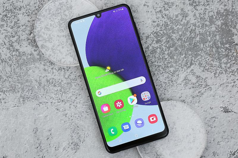 Sở hữu màn hình Super AMOLED rộng 6.4 inch - Samsung Galaxy A22 4G