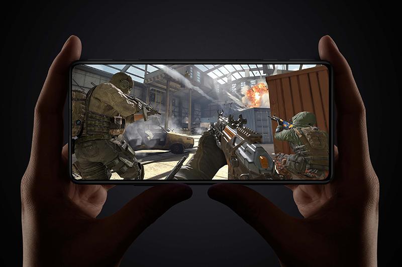 Xiaomi Redmi K40 Game Enhanced Edition | Tần số quét màn hình lên đến 120 Hz khiến cho mọi thao tác mượt mà