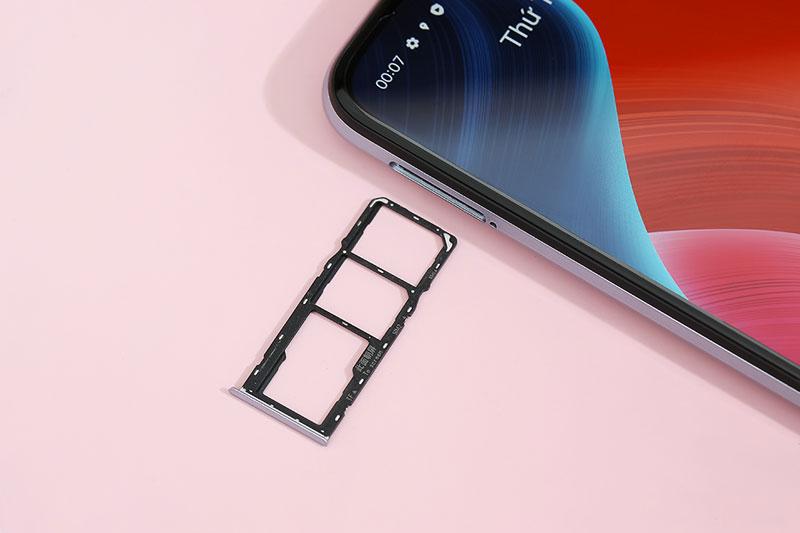 Realme C15 (2021) | Hỗ trợ mở rộng dung lượng tối đa 256 GB