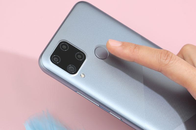 Realme C15 (2021) | Cảm biến vân tay mặt lưng