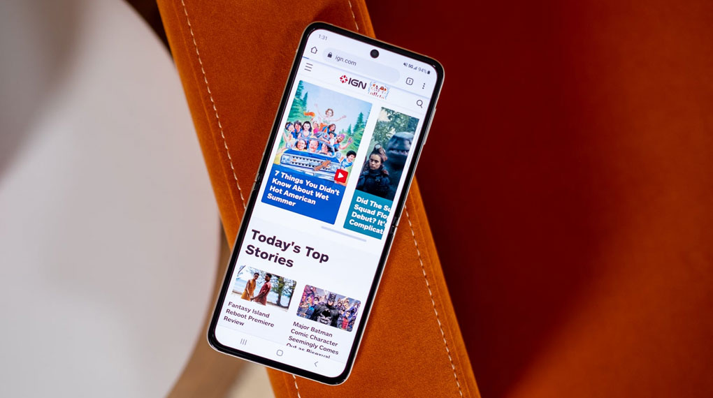 Samsung Galaxy Z Flip3 5G 256GB | Màn hình giải trí cực đã