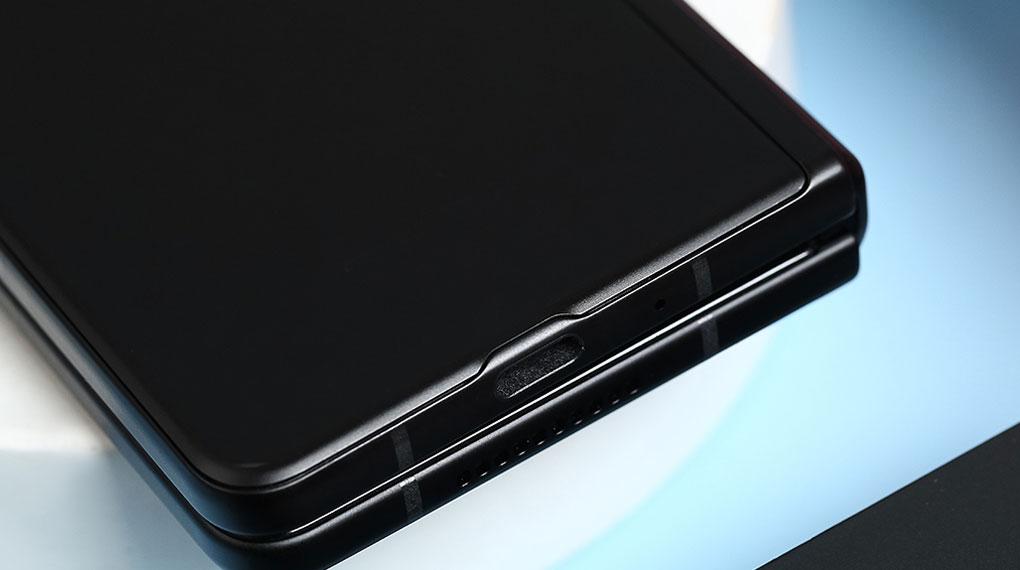 Samsung Galaxy Z Fold3 5G   Khả năng sạc nhanh 25 W