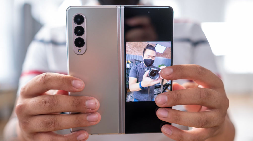 Samsung Galaxy Z Fold3 5G   Ảnh chụp trên camera