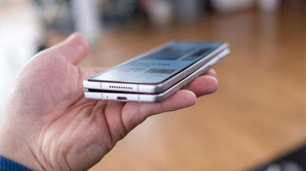 Samsung Galaxy Z Fold3 5G   Trọng lượng giảm so với tiền nhiệm