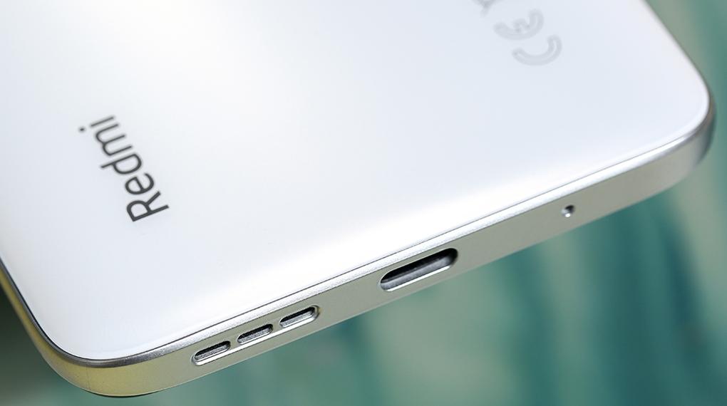 Hỗ trợ sạc nhanh 18 W - Xiaomi Redmi 10