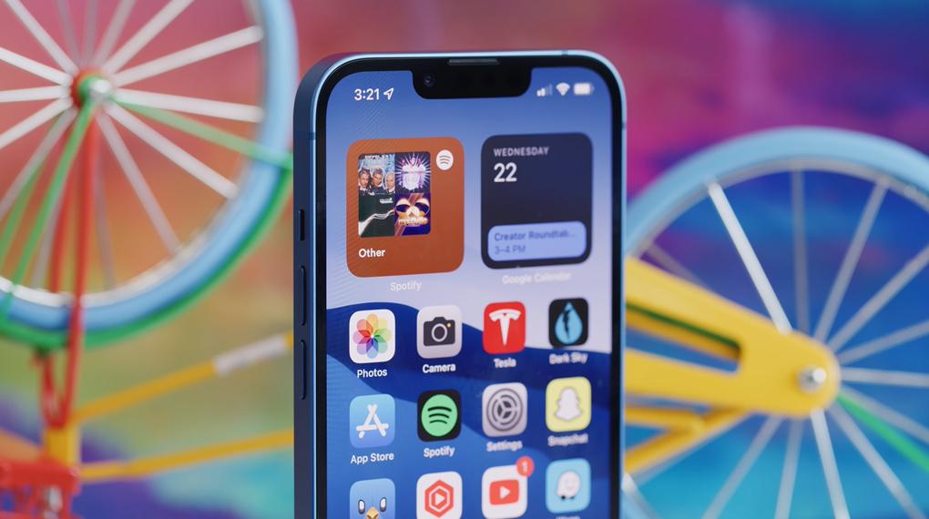 Độ sáng đạt 1200 nits - iPhone 13 256GB