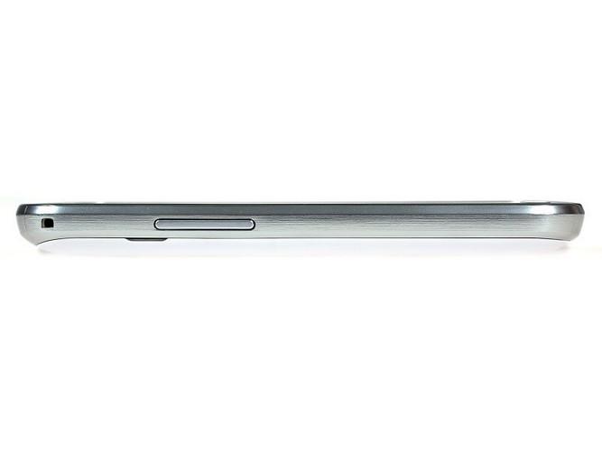 Samsung Galaxy S Duos S7562-hình 23