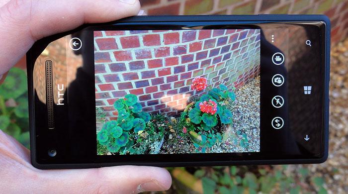 HTC 8X Camera