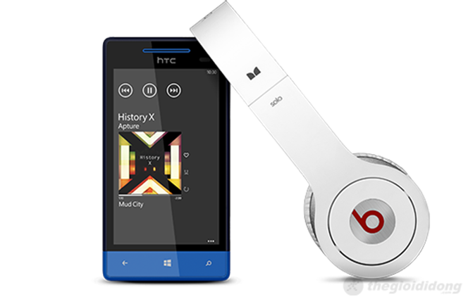 HTC 8S tích hợp âm thanh Beat