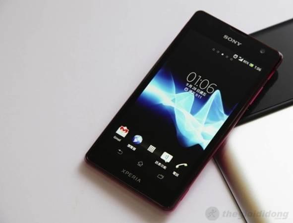 Xperia  TX LT29i sỡ hửu màn hình HD chất lượng rất cao