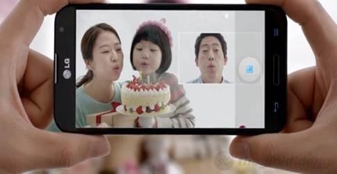 Chế độ ảnh trong ảnh độc đáo của LG Optimus G Pro