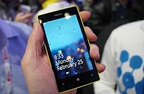 Hệ điều hành Windows Phone 8 đẹp mắt, vi xử lý lõi kép tốc tộ 1GHz