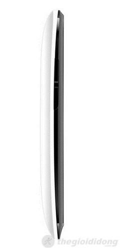 Cạnh trái của Q-Smart S5 với 2 phím tăng giảm âm lượng