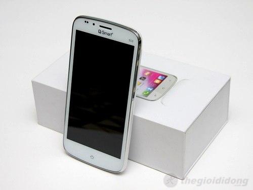 Q-Smart S53 là chiếc smartphone cao cấp nhất của Q-Mobile ở thời điểm hiện tại
