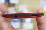 HTC One (Red)-hình 3