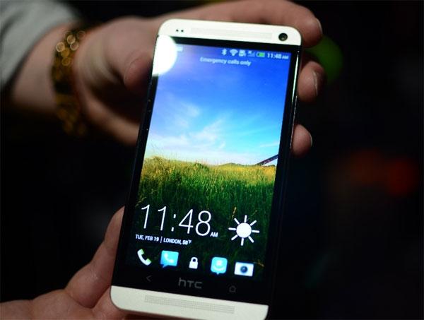 HTC One Red cho chất lượng hình ảnh vô cùng sắc nét