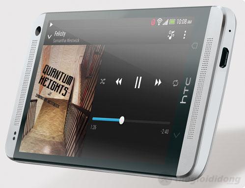 HTC One Red có hệ thống loa BoomSound