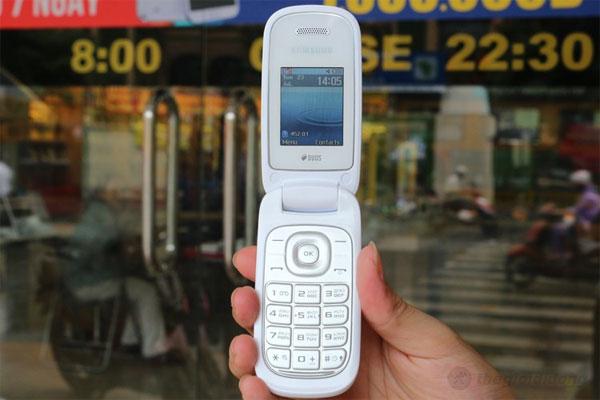 Samsung Caramel DS E1272 - mang phong cách trẻ phù hợp giới nữ