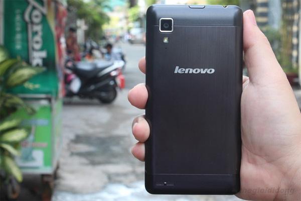 Lenovo P780 hơi nặng nhưng đầm tay