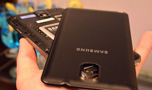 Galaxy Note 3 có pin 3200mAh