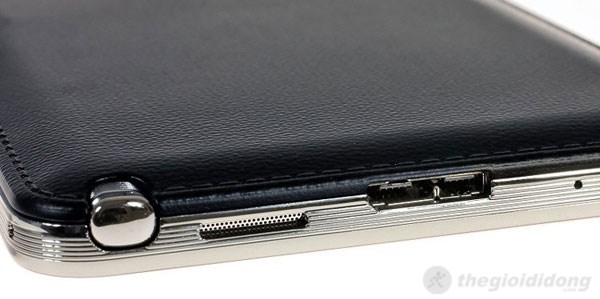 Cổng Micro USB 3.0 phía cạnh dưới của Note 3