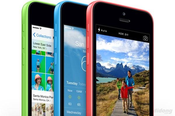Màn hình Retina trên iPhone 5C hiển thị tốt ở mọi góc nhìn