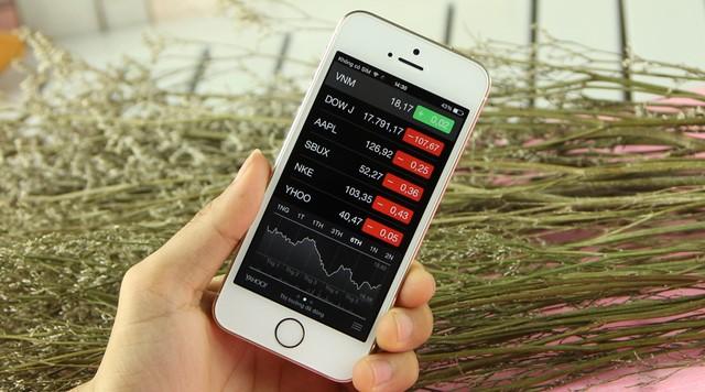 Màn hình Iphone 5S 4 inch cầm rất vừa tay