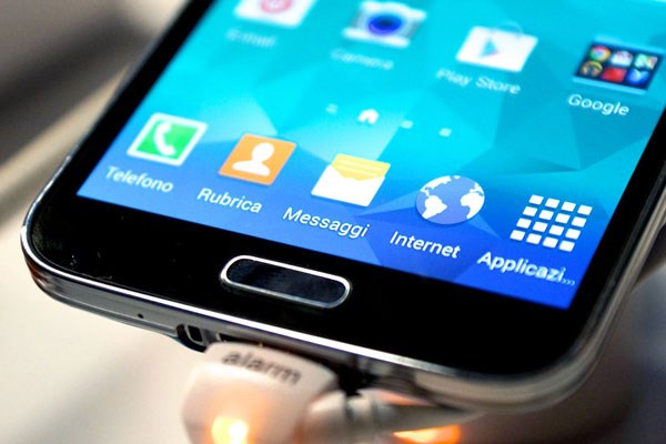 Samsung Galaxy S5 tích hợp cảm biến dấu vân tay