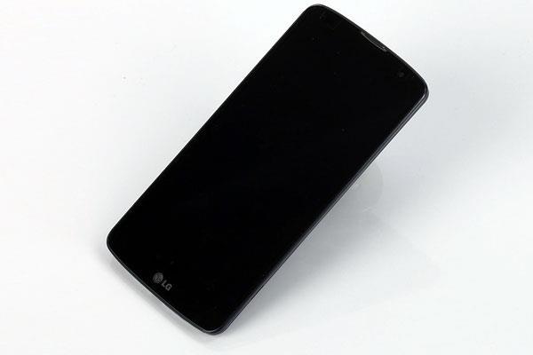 LG G Pro 2 với thiết kế truyền thống của LG