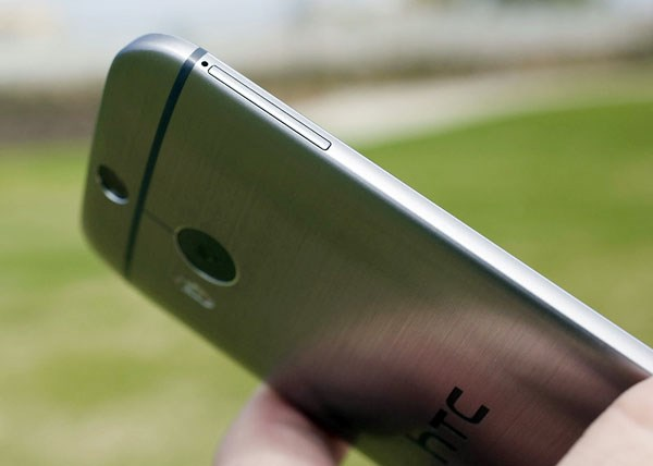 HTC One M8 Smartphone vỏ nhôm cao cấp