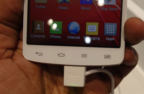 LG L80 smartphone 2 sim 2 sóng
