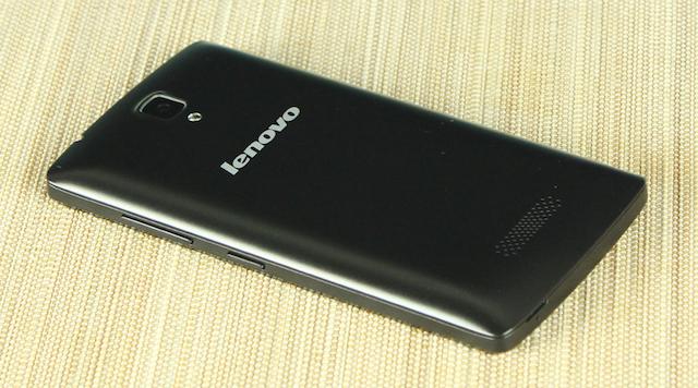 Lenovo A2010 rất mỏng và nhẹ